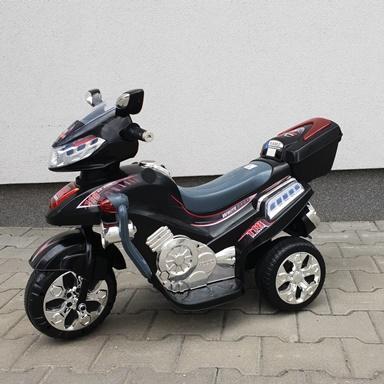 MOTOR-NA-AKUMULATOR